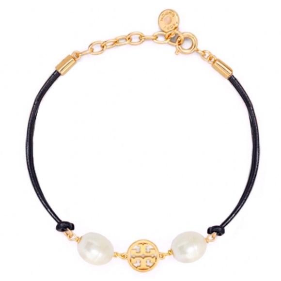 TORY BURCH • Miller Pearl Leather Logo Bracelet